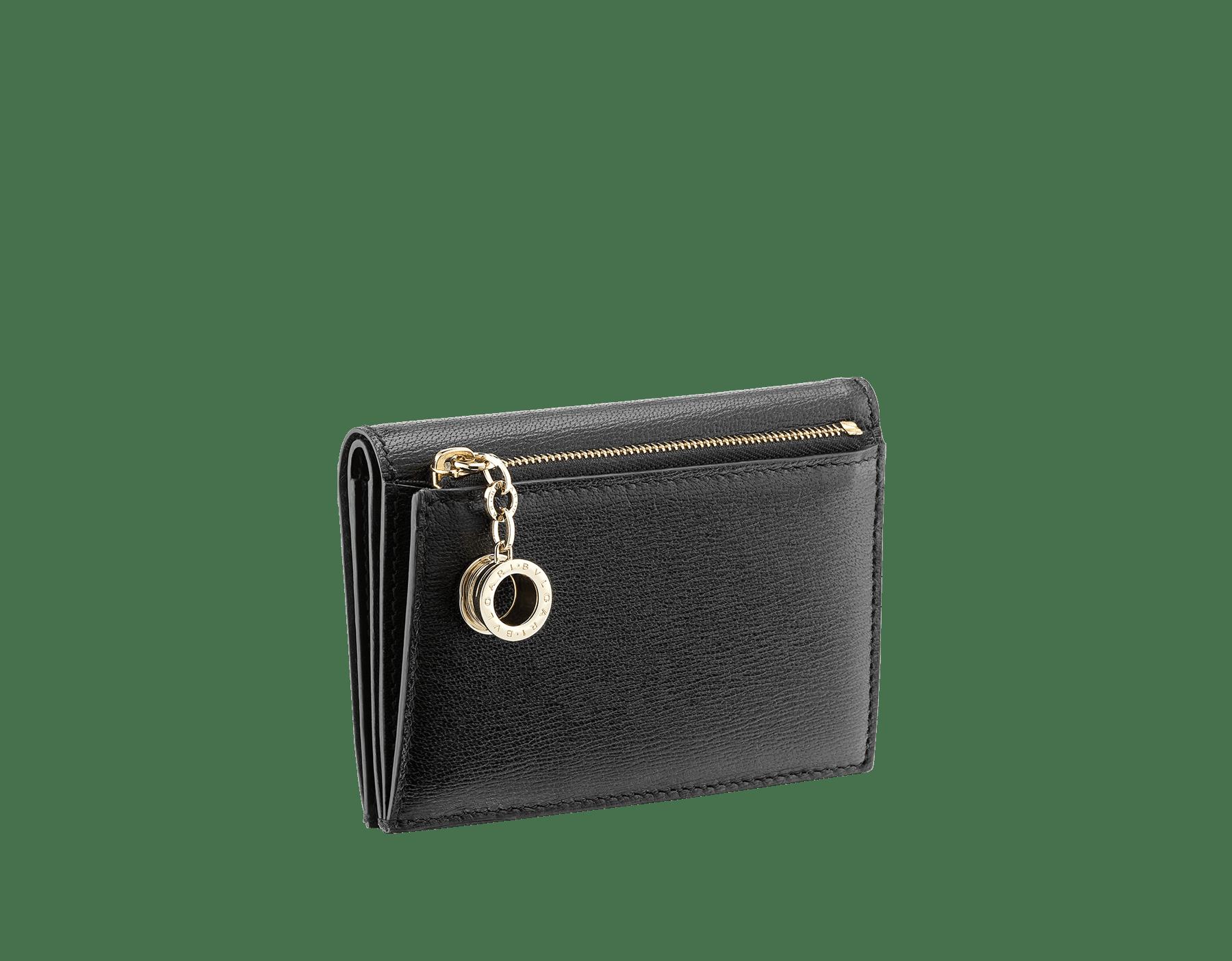 Étui pour cartes de crédit à deux volets B.zero1 en cuir de chèvre noir. Emblématique bijou B.zero1 en laiton doré. 289150 image 3