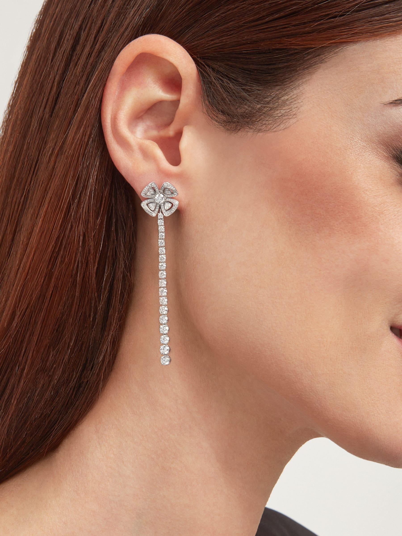 Fiorever 18K 白金可變換式耳環,鑲飾明亮型切割鑽石(2.81 克拉)和密鑲鑽石(0.26 克拉)。 358158 image 4