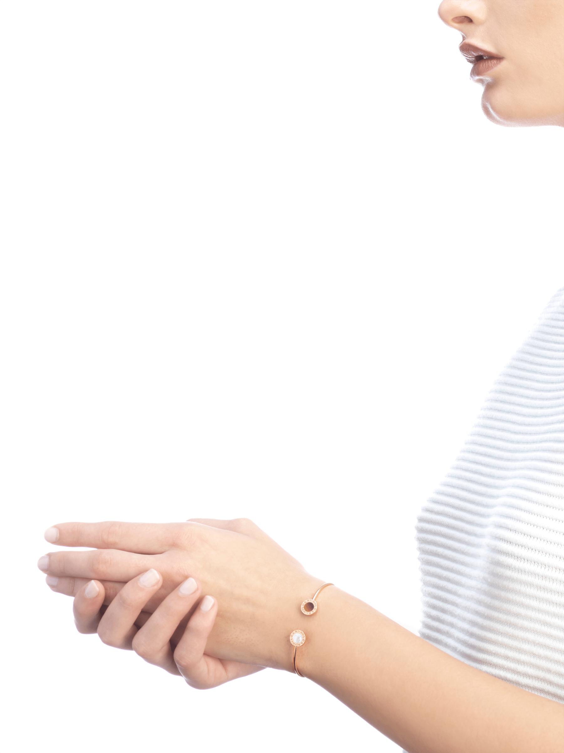 BVLGARI BVLGARI系列18K玫瑰金手镯,镶嵌珍珠母贝和虎眼石 BR858623 image 3