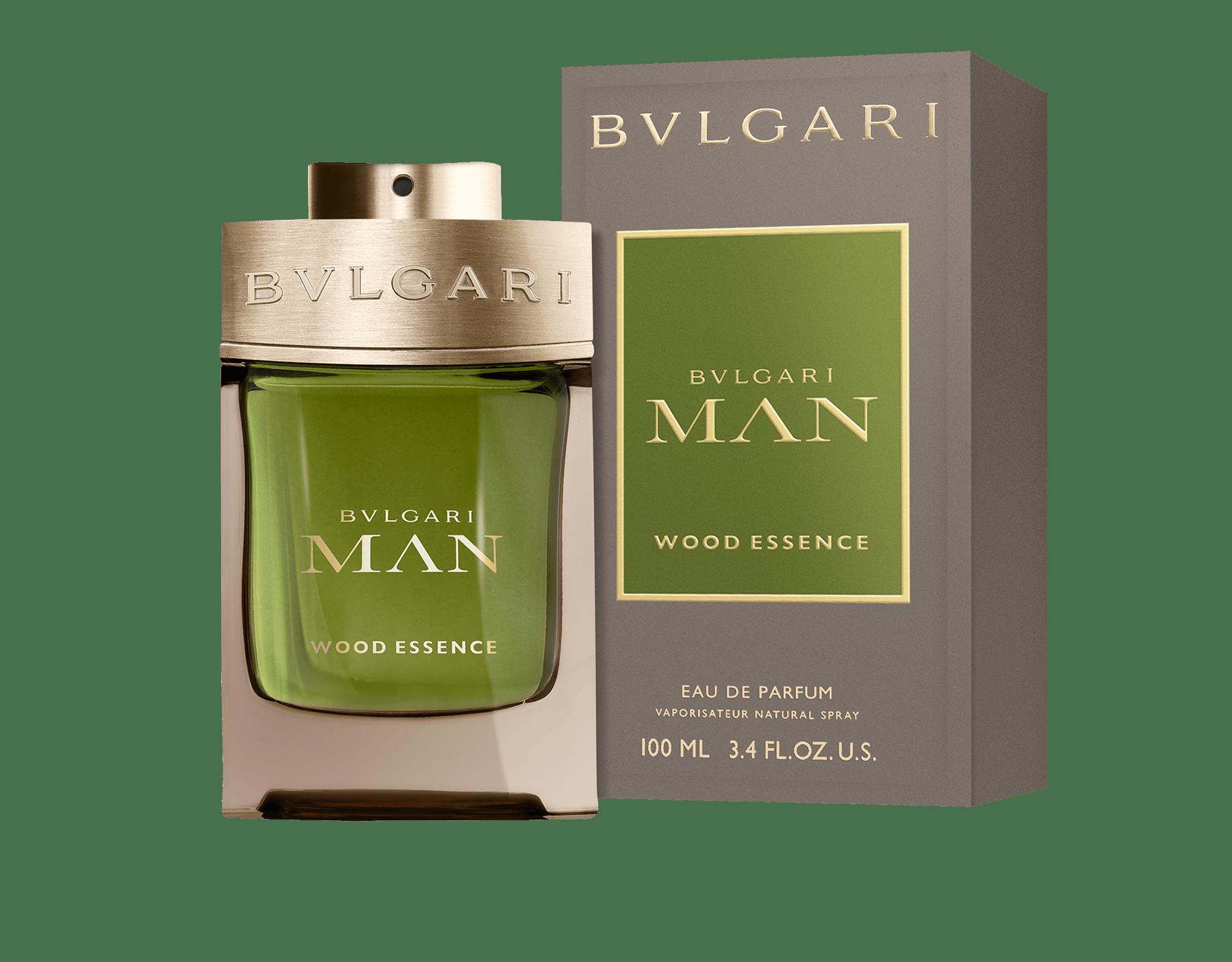 採用上等香料新木質香氛,包括香柏、柏木和香根草,並與溫暖和煦的安息香脂產生共鳴。 46100 image 2