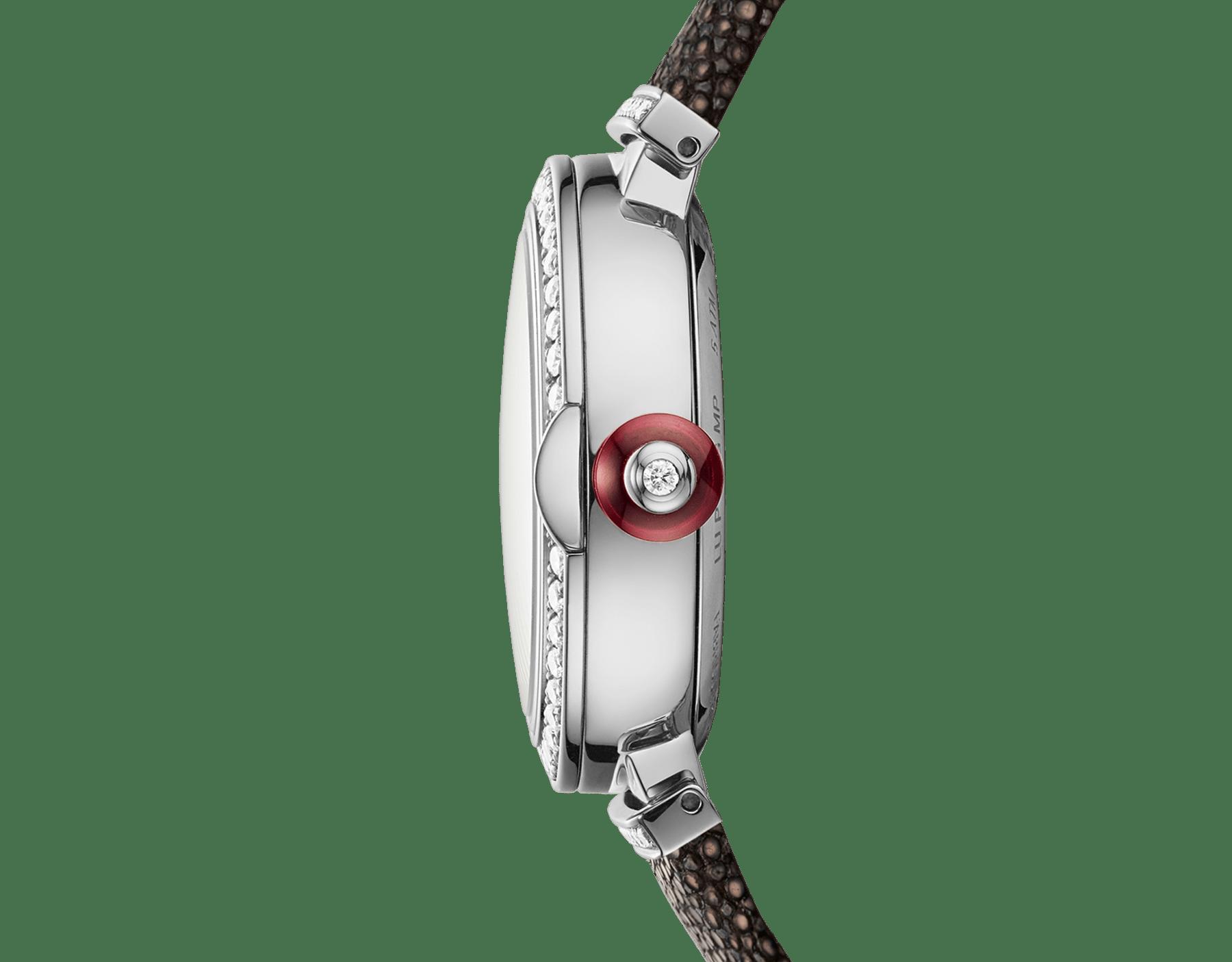 Montre LVCEA avec boîtier en or blanc 18K serti de diamants, cadran mosaïque en or blanc 18K et bracelet en galuchat. 102830 image 3