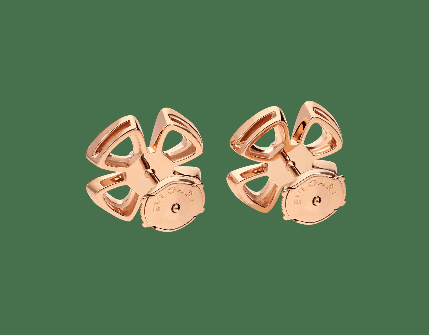 Brincos Fiorever em ouro rosa 18K cravejados com dois diamantes centrais e pavê de diamantes 355887 image 3