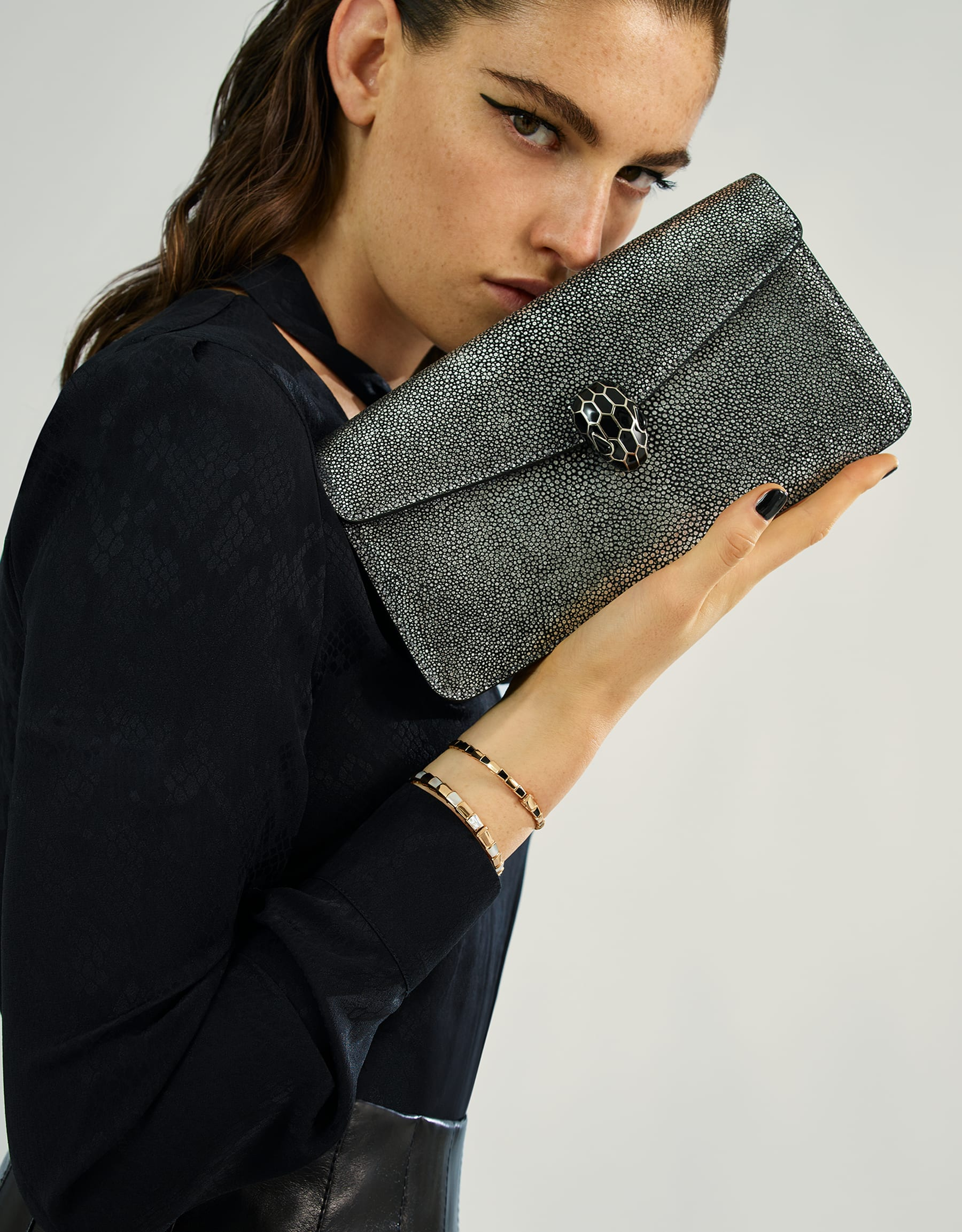 """""""Serpenti Forever"""" shoulder bag in charcoal diamond crystal galuchat skin. Iconic snake head closure in palladium plated brass enriched with black enamel and black onyx eyes. 288997 image 5"""