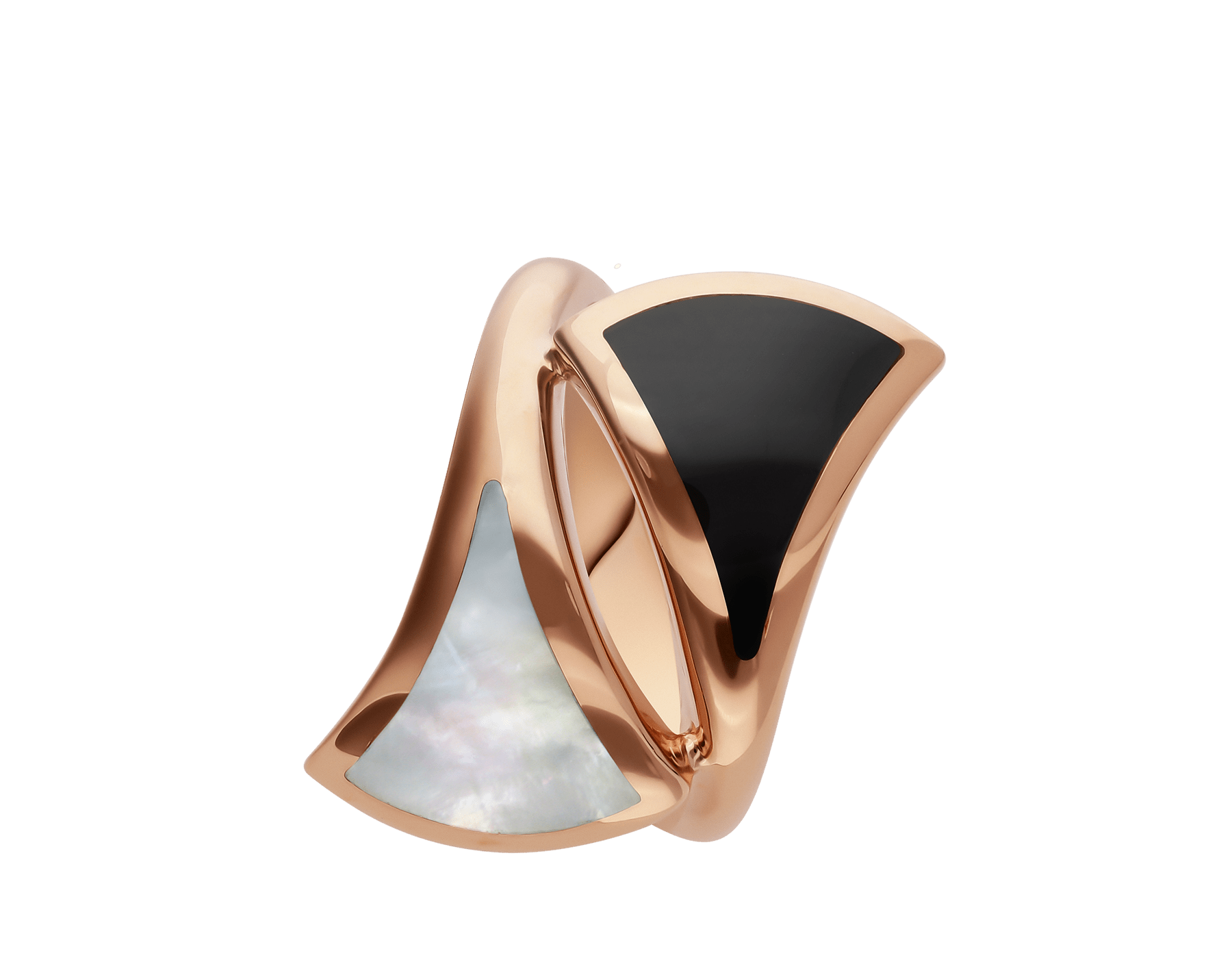 Anillo B.zero1 de cuatro bandas con dos aros en oro rosa de 18 qt con pavé de diamantes en los bordes y una espiral de cerámica blanca. AN857049 image 2
