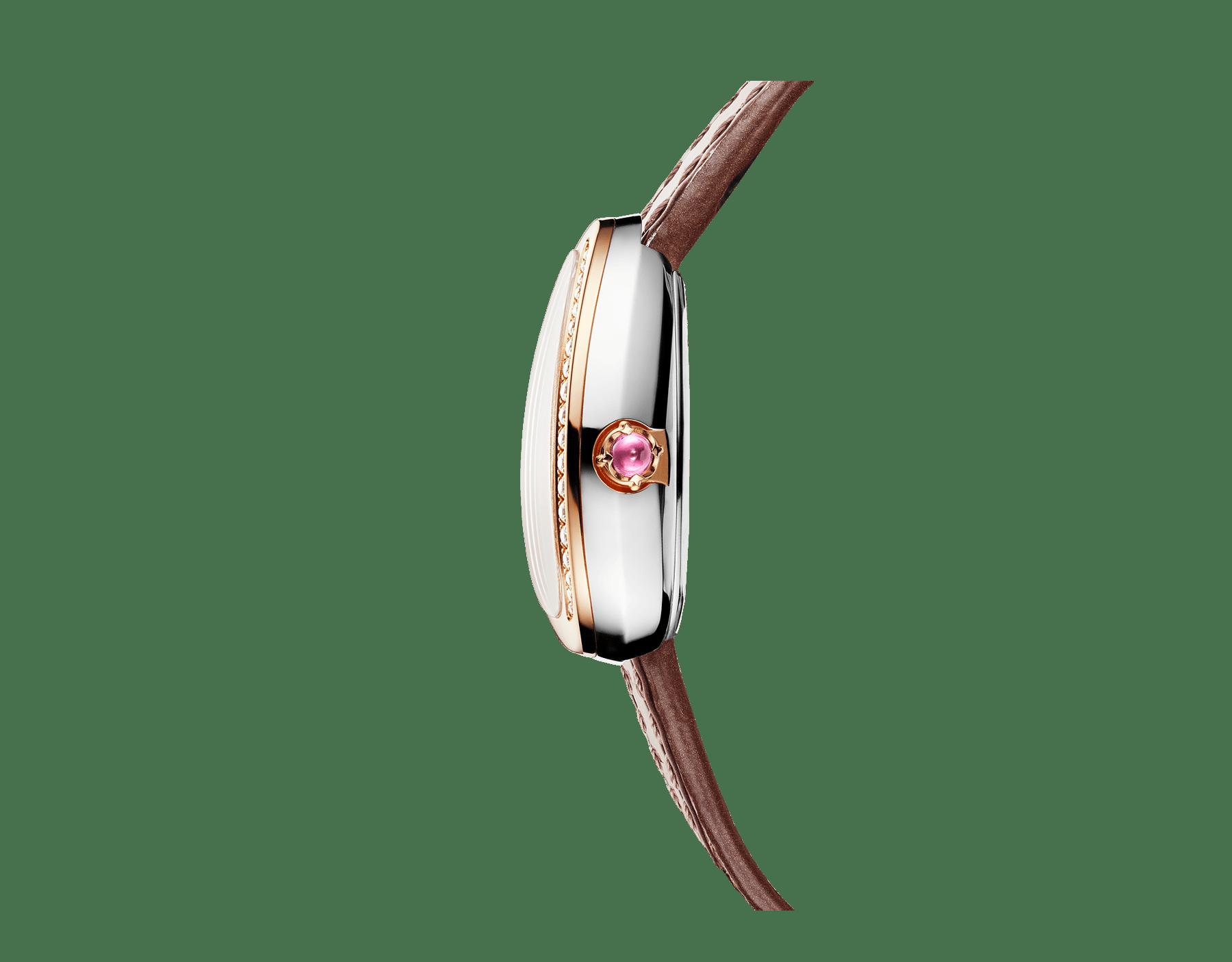 Relógio Serpenti com caixa em aço, bezel em ouro rosa 18K cravejado com diamantes redondos lapidação brilhante, mostrador em madrepérola branca e pulseira de duas voltas intercambiável em couro marrom 103059 image 2