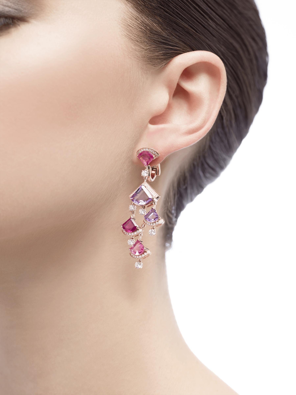 Brincos DIVAS' DREAM em ouro rosa 18K cravejados com rubelita rosa, ametista e pavê de diamantes. 354078 image 4