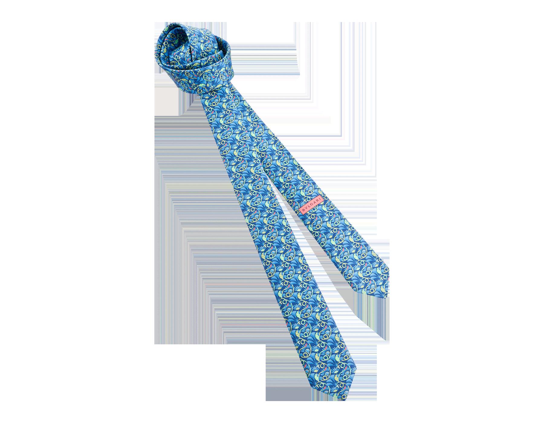 """Siebenfach gefaltete blaue Krawatte mit """"Hidden Snake""""-Muster aus feiner, bedruckter Saglione-Seide. 244155 image 1"""