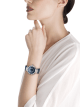DIVAS' DREAM腕表,搭载品牌自制的自动上链机械机芯,18K白金表壳,镶嵌圆形明亮式切割钻石和蓝宝石,砂金石旋转表盘镶嵌钻石,并饰以星座图案,深蓝色鳄鱼皮表带 102842 image 4