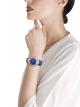 Montre DIVAS' DREAM avec boîtier en or rose 18K, lunette en or rose 18K et maillons en forme d'éventail sertis de diamants ronds taille brillant, cadran en lapis-lazuli, index sertis de diamants et bracelet en alligator bleu 103261 image 4