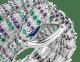 Reloj joya Serpenti con cabeza en oro blanco de 18qt con diamantes talla brillante, amatistas, esmeraldas y ojos de malaquita. Caja en oro blanco de 18qt y esfera y brazalete de dos vueltas en oro blanco de 18qt, ambos con diamantes talla brillante, amatistas y esmeraldas engastados. 101864 image 2