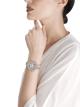 Montre DIVAS' DREAM avec boîtier en or blanc 18K serti de diamants taille baguette, diamants ronds et diamants taille brillant, cadran pavé diamants serti «neige» et bracelet en or blanc 18K serti de diamants taille brillant 102078 image 2