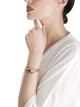 Montre Serpenti Seduttori avec tête en or rose 18K sertie de diamants taille brillant et navette, rubellite poire, tourmaline, tanzanite, grenats violets, une émeraude ronde et deux yeux en émeraude, boîtier en or rose 18K, cadran en or rose 18K serti de diamants taille brillant, bracelet en or rose 18K serti de diamants taille brillant et tourmalines taille baguette. 102823 image 2