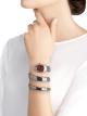 Relógio Serpenti Tubogas de duas voltas com caixa em aço inoxidável cravejado com diamantes lapidação brilhante, mostrador laqueado vermelho e pulseira em aço inoxidável. 102682 image 4